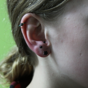 helix piercing anti helix