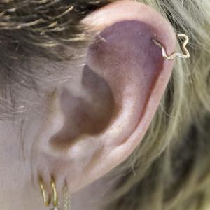 helix piercing lobe